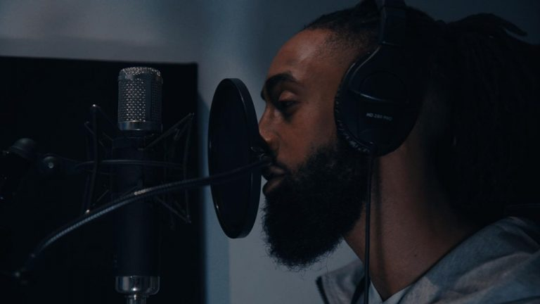 'Lvincix' drops a Mega Rap Tune and Phat production on gigantic Trap Soul gem 'Karma Feels' he explains more……….